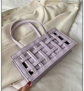 Niche Design Bag Women Handbag 2020 New Trendy Luxury Fashion Handbag Designer Shoulder Armpit Bag H