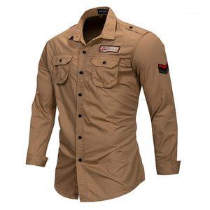 Outdoor-Mens Casual Shirts Revers Ausschnitt Army Grün plus Größe Männer Shirts Taschen Stickerei Langarm