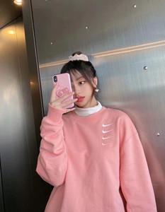 2020 새로운 도착 여성의 커플 봄과 가을 얇은 섹션 분홍색 스웨터 남성 여성의 후드 스웨터 스웨터 개의 후크