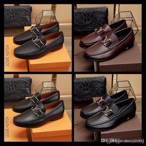 mocassini fatti a mano Top vestito migliore Mens Ufficio scarpe in pelle di lusso scivolare sulla italiani del progettista di marca scarpe maschili vestito grande formato 38-44