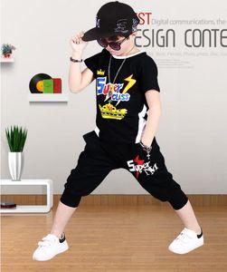 Çocuklar tasarımcı kıyafetleri erkek Küçük Çocuklar 3-8T Çocuk O-boyun Tişört Kısa Pantolon 2pcs / Erkekler Kızlar Saf Pamuk ayarlar ayarlar