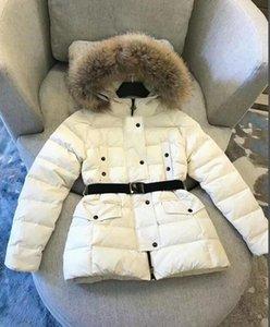 2020 Branded Women Winter Fox Fur White Duck Down Jacket Designer Women Zipper Short Hooded Winter Warm Coat