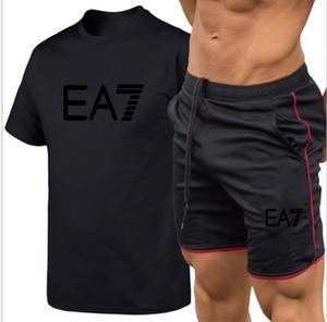 Anzug Männer Sets Male Sweatshirt Hosen-Sommer-Männer Cropped T-Shirt Shorts beiläufige Klage-Sportkleidung Herrenkleidung