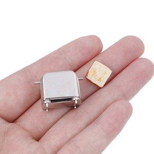 Doll House Mini Machine à pain Grille-pain échelle 1/12 avec Toast Miniature Dollhouse Accessoires Mignon Décoration Nouveau