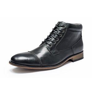 Nuovo Abito scarpe Uomo convenzionale Bussiness stivali in pizzo-up-Scarpe alti Martin Stivali alta qualità pelle di Vitello britannici scarpe da sposa festa in ufficio