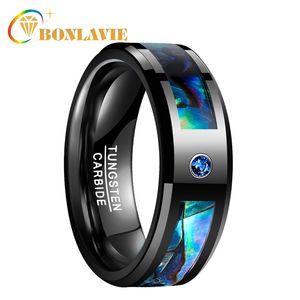 Bonlavie hombres mujeres banda de boda anillo de tungsteno negro Abalone Shell anillo de acero de tungsteno con azul Cz piedra joyería del dedo J190714