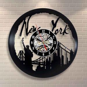 New York Movie Art Vinyl Record Clock Decoración de pared Diseño para el hogar Decoración para el hogar Arte hecho a mano Personalidad Regalo (Tamaño: 12 pulgadas, Color: negro)