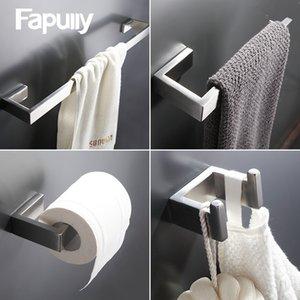 Fapully 304 Acero inoxidable 4pcs / kit de montaje en pared cepillado barra de toalla de tela de papel Gancho porta accesorios de baño Conjuntos T200425 hardware