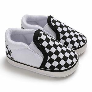Zapatos del bebé zapatos infantiles primeros caminante antideslizante a cuadros del bebé del niño 0-18M del niño de las zapatillas de deporte casual nave de la gota