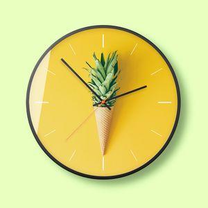 Nordic Kreative Mode-Kunst Wanduhr Moderne minimalistische Persönlichkeit Quarz Mute Haushalt Uhr Atmosphere