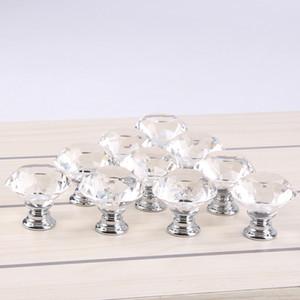 Claro 30 mm Forma de diamante Diseño Cristal Puerta de cristal Perillas Armario Cajón Armario Armario Tirar de las perillas