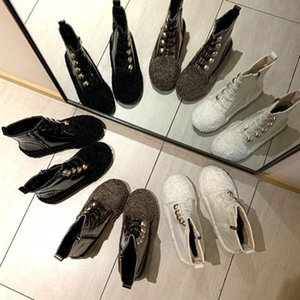 Lamb wool snow boots wool shoes women plus velvet boots plush shoes 2019 winter tide shoes Martin boots ins