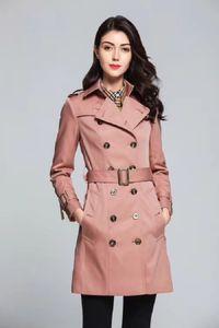 Luxo Mulher Designer Trench Coats alta qualidade Abotoamento War Horse Bordado Gabardine Tecido feixe cintura fina Trench 4 cores