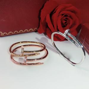 Venda de produtos quentes parafuso unhas de alta qualidade pulseira de ouro Pulseiras Mulheres Punk de Melhor presente de luxo de qualidade Superior Bangles jóias