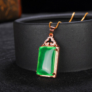 Emeraude Marque Collier Emerald Ice femmes en or 18 carats incrusté chandail Pendentif chaîne