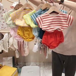 Koreli Bebek Çocuk Kız Erkek Clothings Çizgili Moda Yaz Clothings T-shirtshorts Y200325 ayarlar
