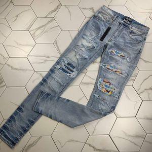 Yeni Kişilik Moda İşlemeli pantolon Biraz esnek Jeans Moda İnce Delik Pantolon Tasarımcı moda marka pantolon