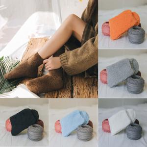 Un tamaño acogedor felpa calcetines calcetín Fuzzy muchacha de las mujeres de la cama para dormir calcetines calientes sólido traje de invierno 1 par mullido con 6 Estilo