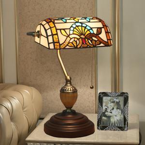 Tiffany الباروك الجدول مصابيح الأوروبية الإبداعية الزجاج الملون نوم السرير ضوء مصباح مكتب دراسة خمر