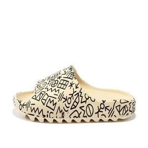2020 كاني ويست شبشب الرجال النساء الاطفال الشرائح العظام الأرض الصحراء الصحراء الراتنج النعال مصمم الأحذية الصنادل رغوة عداء أحذية