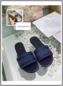 Latest NEW Dazzle Flowers slippers Summer woman beach Alphabet Slippers Designer Embroidery woman shoes 8
