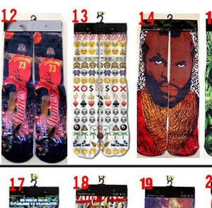 Fashion leisure sports socks spring lovers socks 3D printed mid-tube sports socks fashion sock men's sock and women's sock
