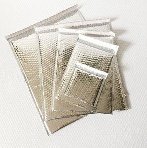 Silver Black Bubble enveloppe Envoleur Packaging Bubble Envolope Sac Livraison Gratuite Petit Sac matelassé en plastique Poly 11x11cm 18x23cm 25x30cm