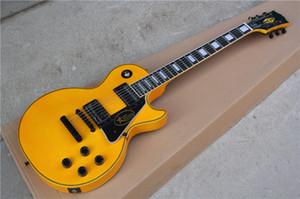 Großhandel gelbe elektrische Gitarre mit schwarzer Hardware, Ebenholz Griffbrett, Bünde Bindung, Festbrücke bieten maßgeschneiderte Dienstleistungen