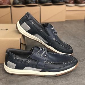 Top-Qualität Leder Bootsschuhe der Männer beiläufige Art und Weise Wohnungen Loafers Designer Male britischen Beleg auf Kleid Schuhe Bürogummisohle mit Box