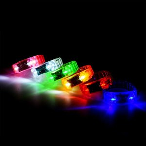 Voz -Control Led Pulseira Glo -Sticks Eletrônica Flashing Bracelet brilho pulseiras Led Wrist Band Natal Led Pulseira Brinquedos Q0032