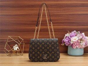 Fashion Love heart V Wave Pattern Satchel Designer Handbag Shoulder Bags Chain Bag Crossbody Bags Purse Messenger bag Lady Tote bags AA621