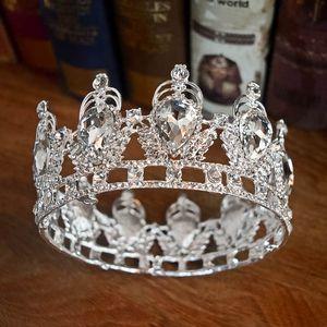 Barock Princess Bride Crown Kopfbedeckungen Ring Hochzeit Tiaras Runde Crown European Retro Palace Diamant-Kronen Luxurious