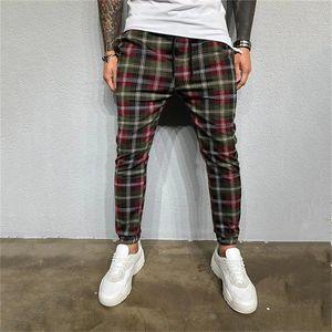 Plaid Imprimir Mens Designer Pants Moda Pockets Mens Skinny Pants Mens Casual executando Calças Machos Vestuário