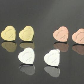 لا باهتة 1CM أعلى جودة الفولاذ المقاوم للصدأ 3 ألوان الذهب مطلي الحب القلب أقراط للحزب هدية المرأة أقراط بالجملة