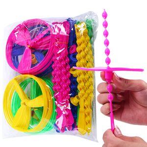 100 Pz / lotto Spin Mix Colore della luce Giocattolo esterno Disco volante lanciare e prendere il disco Categoria UFO Educazione per bambini Giocattolo Per bambini Regalo