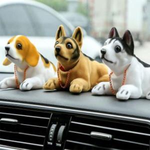 Auto giocattolo testa di cane Bobble Head Dashboard Auto agitazione testa Toy Ornament Annuendo Dog Car Interior Decoration Gift