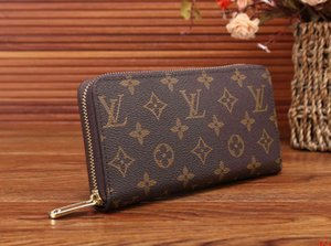 FBest Selling Women &#039 ;S Handbags Classic Clutch Bag Fashion Leather Wallet Multi -Function Purse Card Family Lady &#039 ;S Favorite