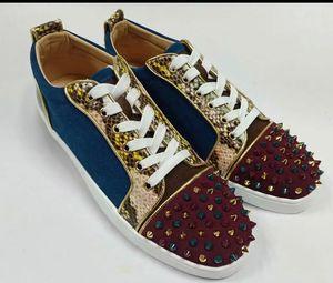New low men's shoes color rivet color matching casual shoes couple red bottom women's shoes 0505031