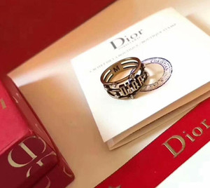 Новая мода D женщины кольца размера D письмо стилей кец 6-8 Три слоя выдалбливают бриллиантовое кольцо сверху