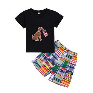 Summer Boy T-Shirt Set Bandiera americana Independence National Day USA 4 luglio Tinta unita Puppy Star Shirt a righe Pantaloncini bicolore