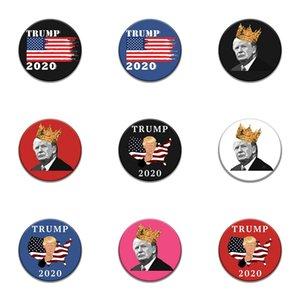 1000 Diferentes modelos clássicos dos desenhos animados ícones de estilo esmalte Pin Genius Mad Scientist Trump Emblema Broche Anime Amantes Denim Shirt Lap # 40