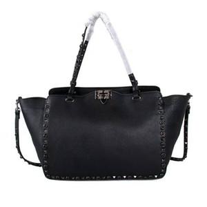 2019 klassische moderne echte Rindsleder High Fashion Show Lady Handtasche OL Stud Tote große Größe spezielle weiche Tasche Reise Arbeit Top-Qualität V 33cm