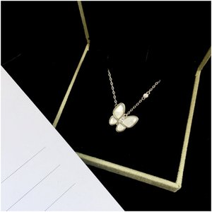 2020 New Fashion Women Long Chain Butterfly Necklace Animal Blue Shell Jewelry Butterfly Choker Necklace Long Tassel Pendant with Box