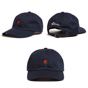 Vente Femmes Homme Couples Réglable The Centase Rose Flower Brodé Baseball Cap Casual Cool Cool Harajuku Style Hiphop Visor chapeau