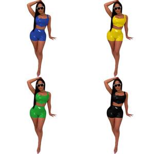 Les femmes PU Couleurs vives en cuir Camisole Costume Gilet Short Kit Pure Color Lady Costume Ensembles d'été populaire 2020 Nouveau modèle 40yz UU