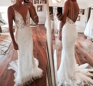 Charming Backless Mermaid Wedding Dresses 2019 스파게티 스윕 트램 프릴 아플리케 가든 컨트리의 브라 가운 가운 가격 인하