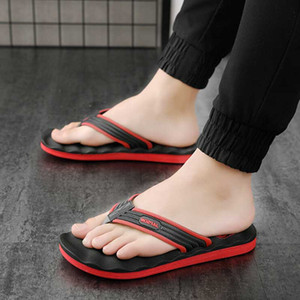 Zapatillas de hombre Verano 2019 Hombre Antideslizante Chancletas Zapatilla Hombre Pie Masaje Espesar Baño Sandalias de playa Inicio Zapatos Tamaño 39-46