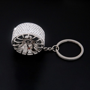 Yüksek Kaliteli Dayanıklı Yapay elmas Oto Anahtarlık Tekerlek Hub Jant Modu Araba Anahtarlık Tamir Parçaları Lastik Tekerlekler Anahtarlık Ring Keyfob Hediye