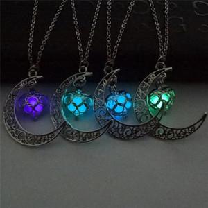 Луна сердце ожерелья светящиеся свечение в темном серебре мода эфирное масло диффузор ожерелье медальоны цепи кулон Jewlery для женщин