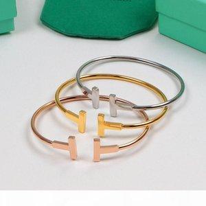 2020 tt luxe Designer Bracelet en acier inoxydable d'or ouvert manchette réglable femmes Bracelets Trendy simple canal Bangles 3dtiffany
